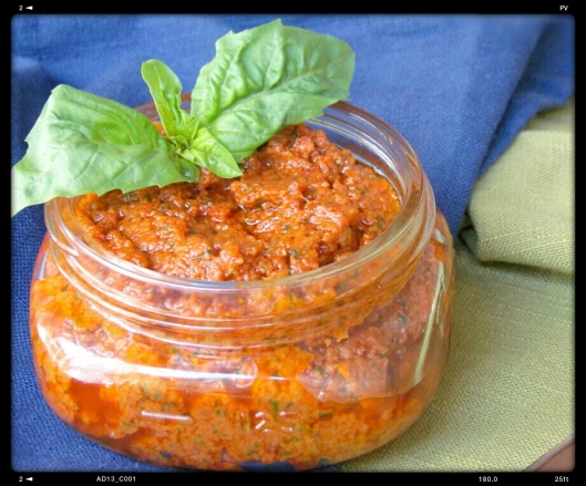 sun-dried tomato basil pesto
